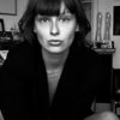 Vera zoekt een Studio in Gent