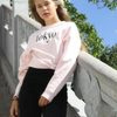 Crystal-Ley zoekt een Kamer / Appartement / Studio in Gent