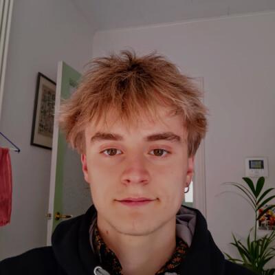 Tim zoekt een Kamer / Studio in Gent