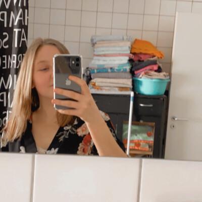 Gitte zoekt een Kamer / Appartement in Gent