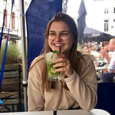 Lotte zoekt een Kamer / Appartement / Studio in Gent