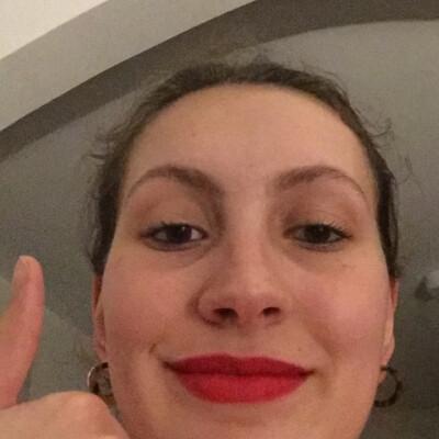 Elena zoekt een Kamer in Gent